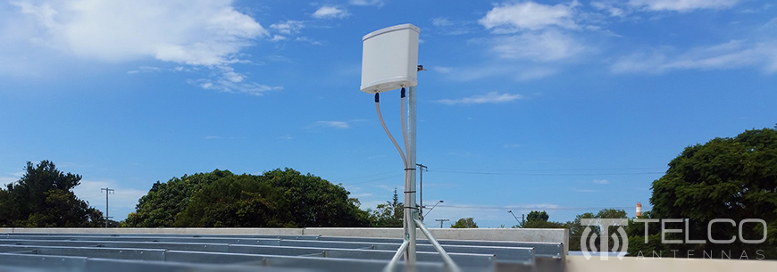 telstra 4G rooftop antenna 4GX panel